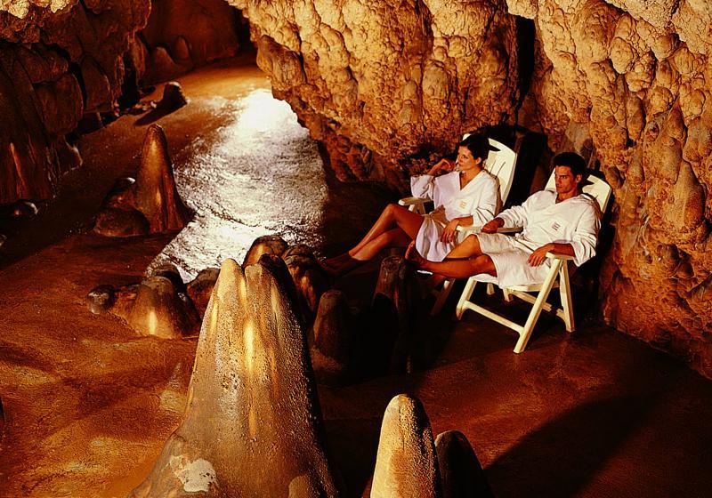 San valentino alla grotta giusti a monsummano terme pt - Grotta giusti piscina ...