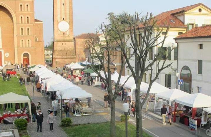 Mercatini di primavera castello di godego tv 2018 for Mercatini antiquariato veneto oggi