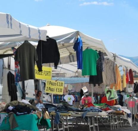 Calendario Fiere Toscana 2020.Mercato Settimanale A Pontedera 2020 Pi Toscana