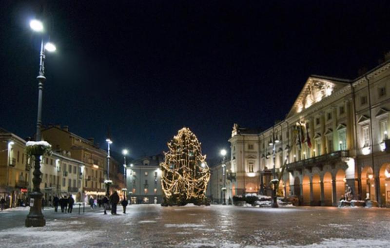 Mostra mercato di natale aosta ao 2017 valle d 39 aosta for Mercatini di natale aosta 2016