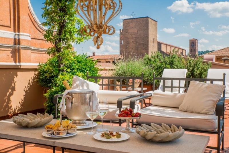 Grand hotel majestic a bologna bo 2018 emilia romagna for Hotel dei commercianti bologna